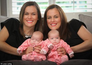 2F07CF1D00000578-0-Michelle_Cooke_right_pictured_with_her_identical_twins_Elsie_lef-a-38_1449162779014